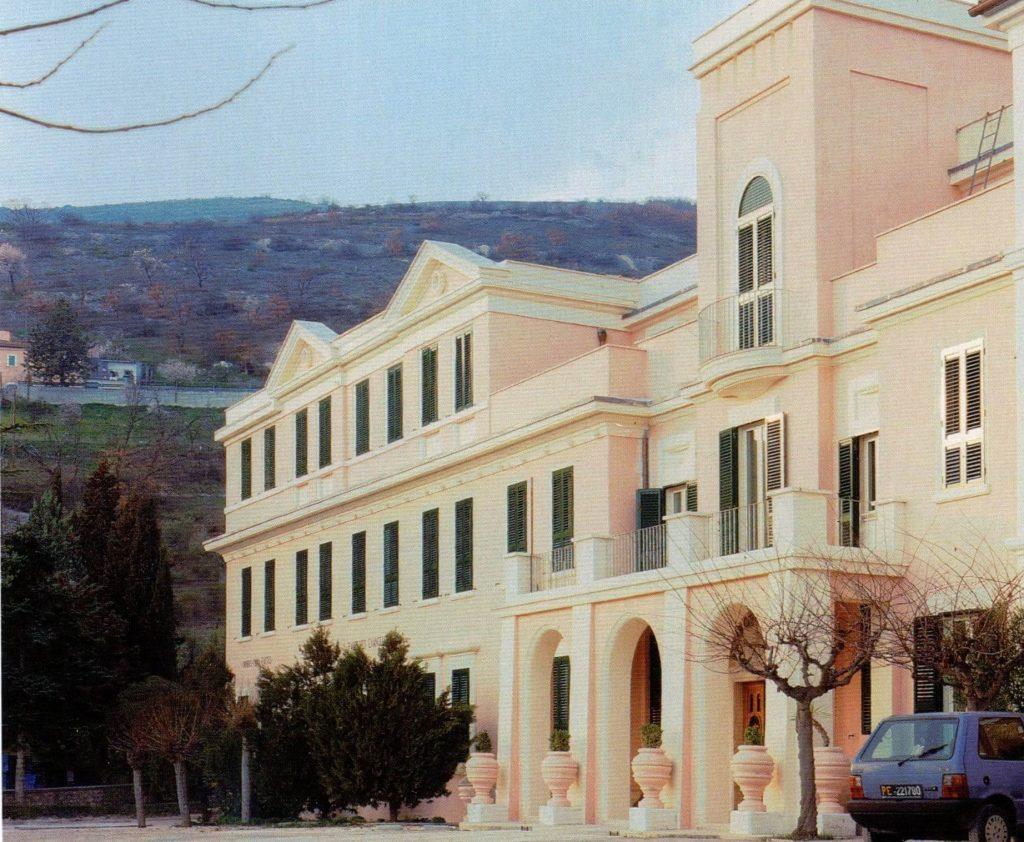 persiane edificio roma